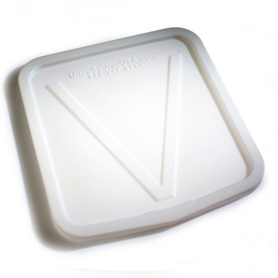 501000 Molded Lid for V-Edge Dump Buggy
